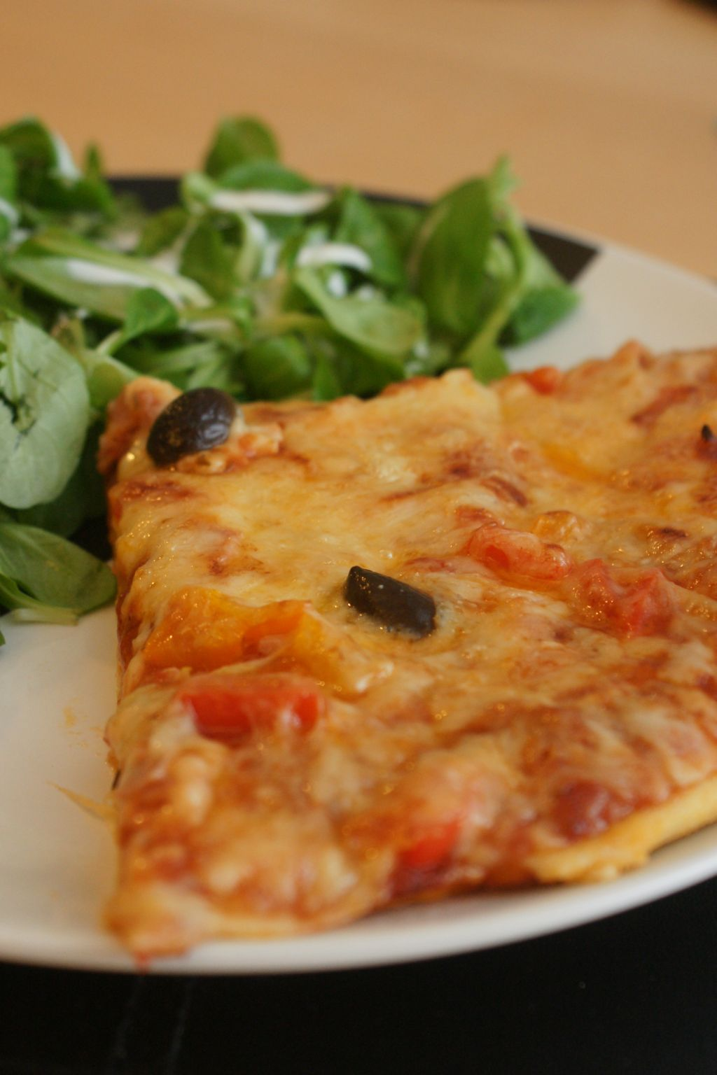 Pizza jambon poivrons 2