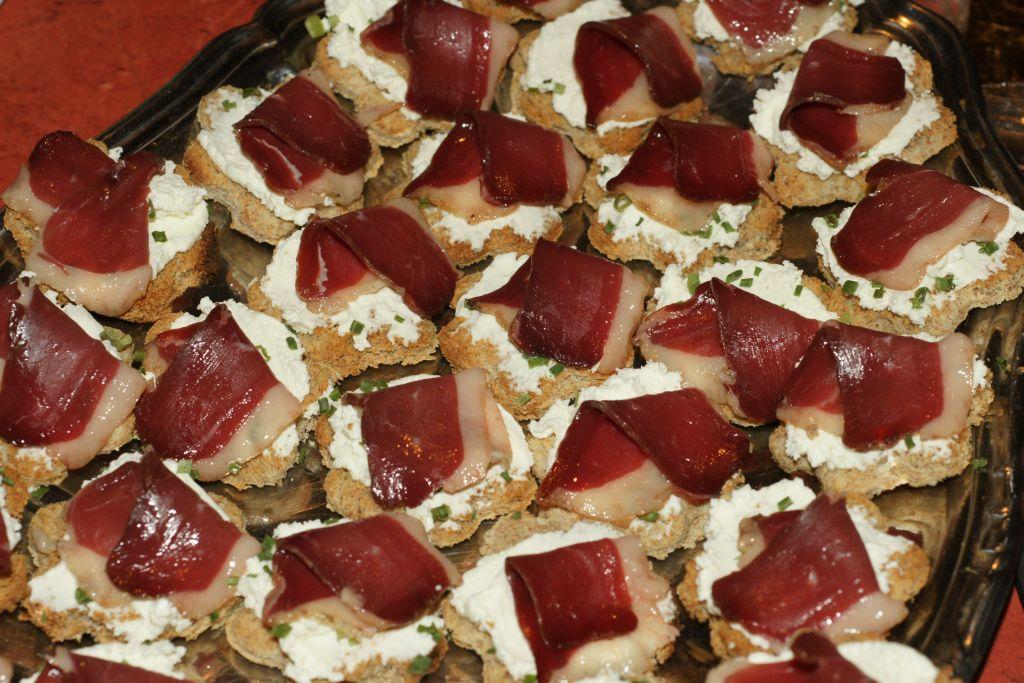 Toast magret madame loik ciboulette - Magret de canard grille au four ...